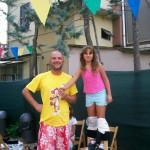 il-maestro-maurizio-moroni-con-una-allieva-per-i-trampoli